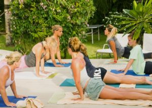 yoga surfing