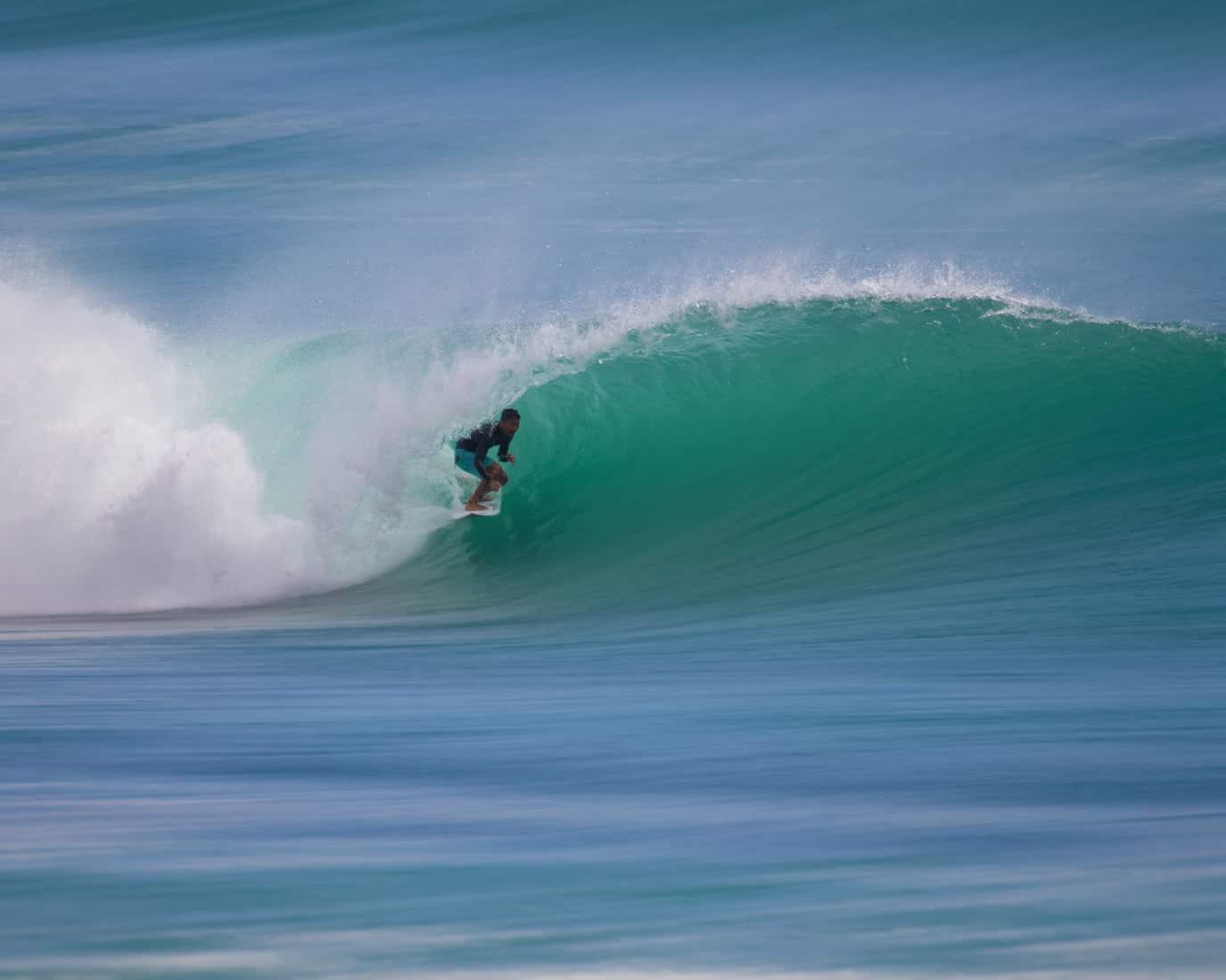 surfing bingin surf holiday